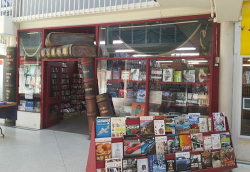 Papakura, TENANTED RETAIL INVESTMENT, Property ID: 72384 | Barfoot & Thompson
