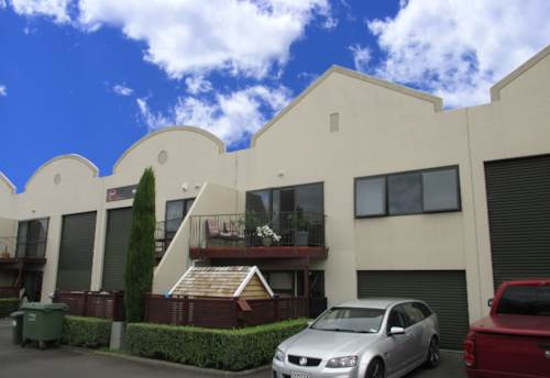 Rosedale, REFURBISHED LIVE AND WORK, Property ID: 84064 | Barfoot & Thompson