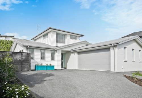 Millwater, SUPERB FAMILY LIVING, Property ID: 792478 | Barfoot & Thompson