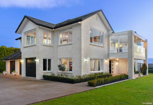 Pukekohe, EXCLUSIVELY YOURS, Property ID: 792770 | Barfoot & Thompson