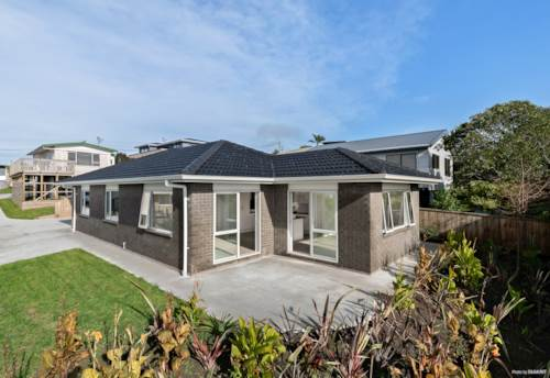 Stanmore Bay, FABULOUS, BRAND NEW BRICK AND TILE - AND FREEHOLD!, Property ID: 793337 | Barfoot & Thompson