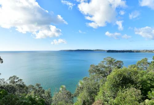Stanmore Bay, CAPTIVATING CLIFFTOP RETREAT, Property ID: 793107 | Barfoot & Thompson