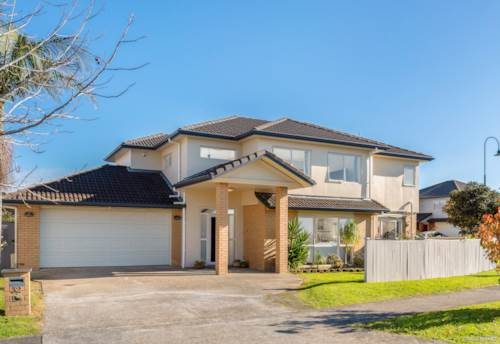 Flat Bush, Gorgeous 6 Bedroom Home - Sure To Impress, Property ID: 793124 | Barfoot & Thompson