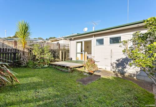 Helensville, PERFECT RETIREMENT, COUPLES OR INVEST, Property ID: 793394   Barfoot & Thompson