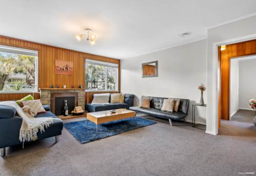 Hill Park, Too big - Let's sell! - 1214m², Property ID: 793375 | Barfoot & Thompson