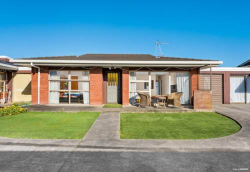 Papatoetoe, Central is Best, Property ID: 793424 | Barfoot & Thompson