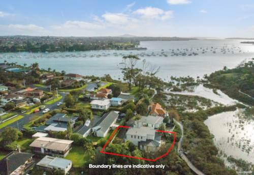 Pakuranga, Desirable Family Home in Great Location, Property ID: 793506 | Barfoot & Thompson