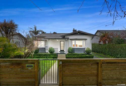 Avondale, Charismatic Bungalow in Prized Position, Property ID: 793519 | Barfoot & Thompson