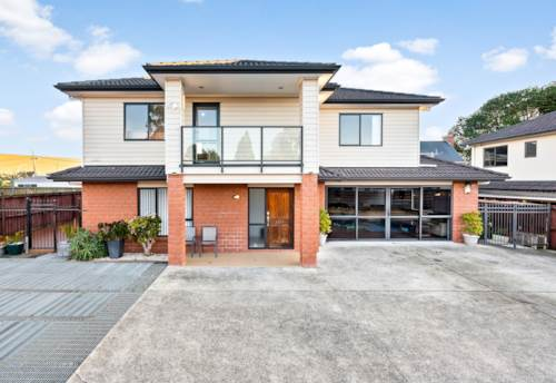 Papatoetoe, Stunning Home at unmatched Location, Property ID: 793585 | Barfoot & Thompson