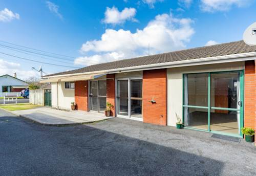 Woodhill, REAL GEM - CITY CLOSE - SOUGHT AFTER STREET, Property ID: 793713 | Barfoot & Thompson