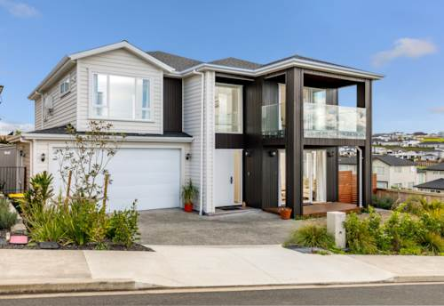 Millwater, Dream Lifestyle in Spacious, Luxurious Home, Property ID: 793670 | Barfoot & Thompson