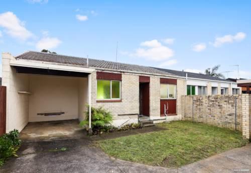 Royal Oak, Renovate & Reap the Rewards !, Property ID: 793611 | Barfoot & Thompson