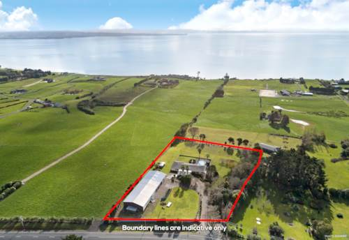 Waiau Pa, PRIVATE FAMILY HOME WITH HUGE SHEDDING, Property ID: 793628 | Barfoot & Thompson