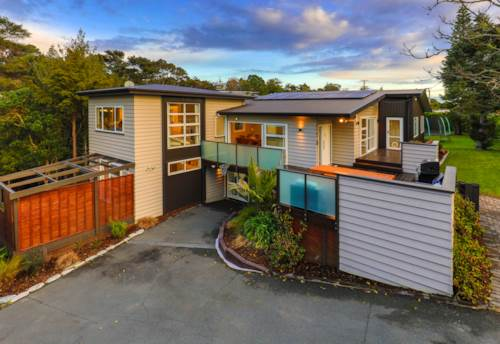 Greenhithe, The Ultimate Family Retreat, Property ID: 792902 | Barfoot & Thompson