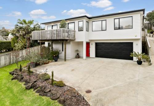 Arkles Bay, This promises to be the best buy in the bay, Property ID: 793531 | Barfoot & Thompson