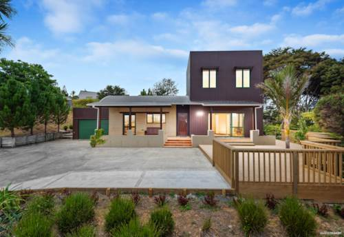 Sunnyvale, FULFIL YOUR DREAM  on 2135sqm (approx), Property ID: 794037   Barfoot & Thompson
