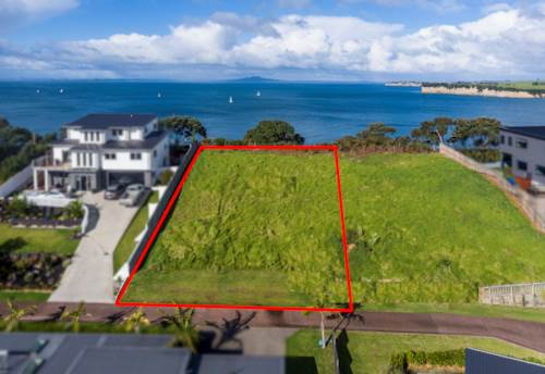Arkles Bay, 818m2 Clifftop Dream Site!, Property ID: 794044 | Barfoot & Thompson