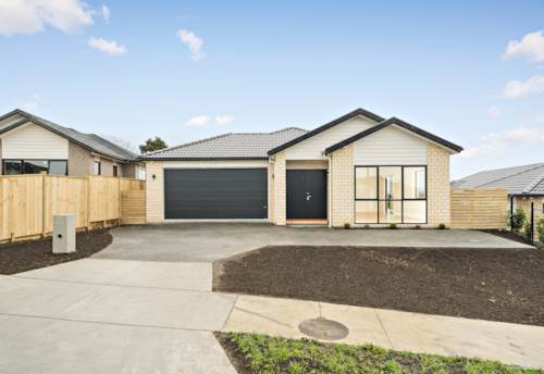 Papakura, TWO KITCHENS AND BRAND NEW!, Property ID: 794114 | Barfoot & Thompson
