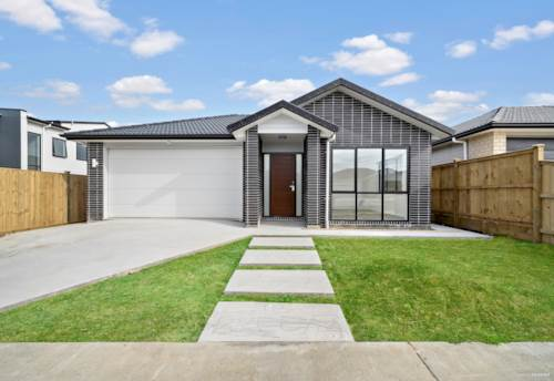 Karaka, Impressed Black Brick North Facing Home, Property ID: 793556 | Barfoot & Thompson