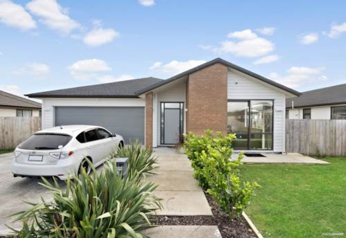Papakura, Smart Home For Growing Family Or Investors, Property ID: 793896 | Barfoot & Thompson