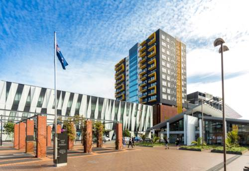 New Lynn, BE CAR FREE IN THE HEART OF NEW LYNN CENTRE, Property ID: 793988 | Barfoot & Thompson