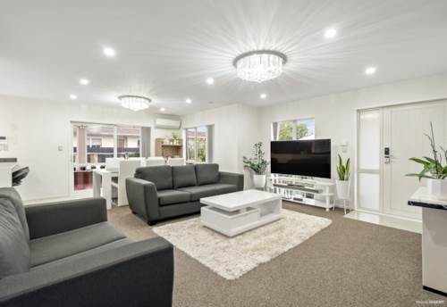 Papatoetoe, Urgent sale!! Don?t miss out!!!, Property ID: 794092 | Barfoot & Thompson