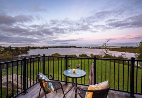 Whenuapai, Sweet Disposition with Expansive Waterviews, Property ID: 793728 | Barfoot & Thompson