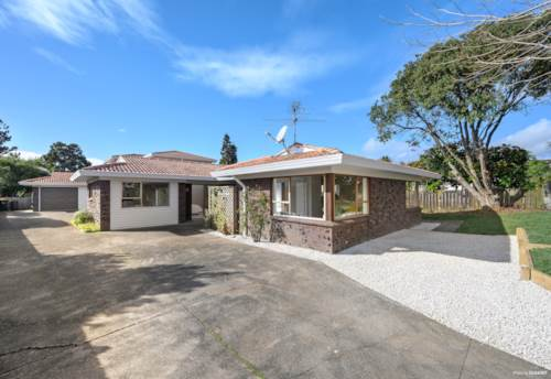 Eastern Beach, Affordable Brick and Tile Home in Macleans Zone, Property ID: 793572   Barfoot & Thompson