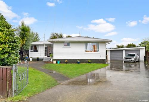 Papakura, 713m2, Mixed Housing Suburban Zoning, Income In Place, Property ID: 794020 | Barfoot & Thompson