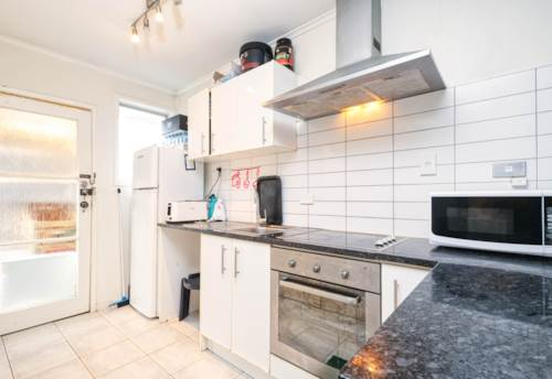 Mt Wellington, Get Your Start by Sylvia Park, Property ID: 794153   Barfoot & Thompson