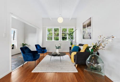 Mt Wellington, Polished diamond - convenient, chic and central, Property ID: 793647 | Barfoot & Thompson