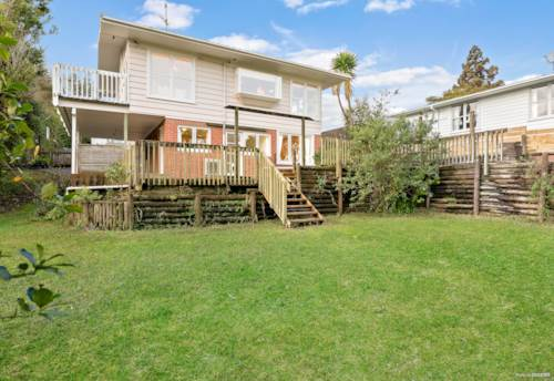 Mt Roskill, FAMILY HOME ON ABOUT 1260 SQM, Property ID: 794303   Barfoot & Thompson