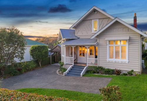 Mt Eden, Coming Home..., Property ID: 794293 | Barfoot & Thompson