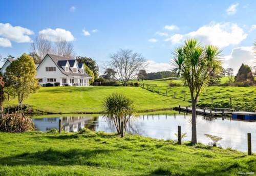 Karaka, IDYLLIC COUNTRY LIVING ON TWO TITLES, Property ID: 794265 | Barfoot & Thompson