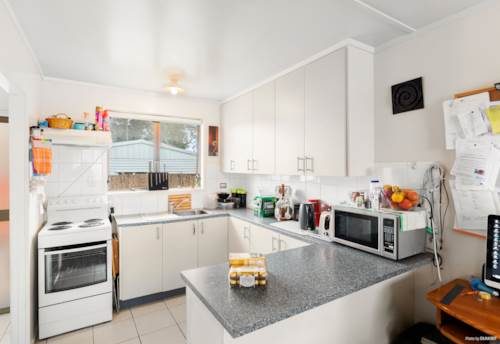 Manurewa, Nest Or Invest - Choice is Yours!, Property ID: 794011 | Barfoot & Thompson