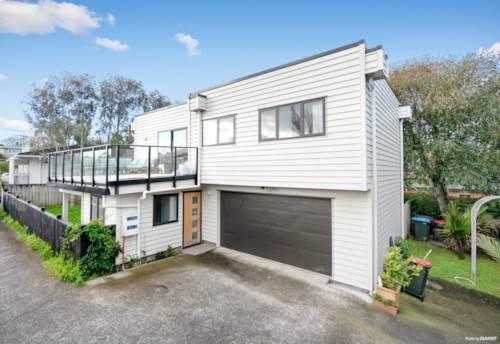 Mt Wellington, Easy Living!, Property ID: 794510   Barfoot & Thompson