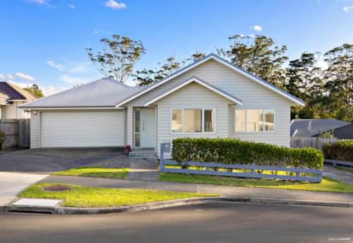Millwater, Sensational Sunny Single level, Property ID: 794634 | Barfoot & Thompson