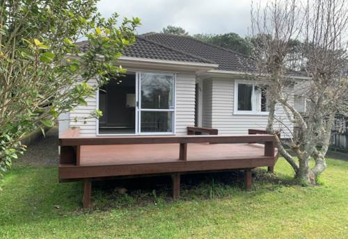 New Lynn, A surprise for all in the family, Property ID: 793049 | Barfoot & Thompson
