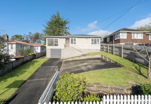 New Lynn, Delightful family home in New Lynn Heights, Property ID: 794696 | Barfoot & Thompson