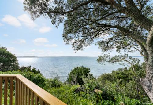 Bucklands Beach, Sea Views Oh Buoy Yes!!, Property ID: 794636   Barfoot & Thompson