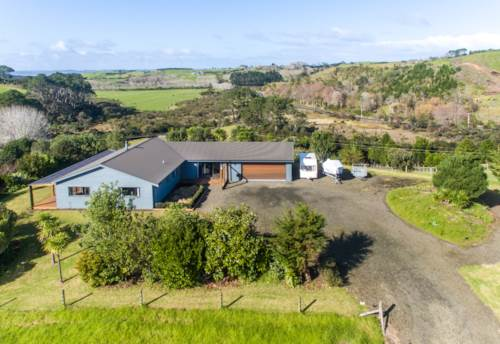 Helensville, The Great Outdoors!, Property ID: 793710 | Barfoot & Thompson