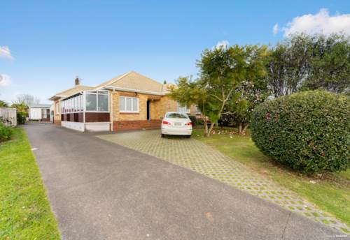Papatoetoe, Multiple Incomes on Mixed Urban Zone, Property ID: 794273 | Barfoot & Thompson