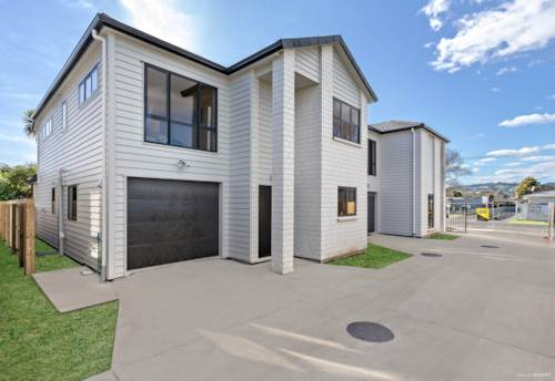 Papakura, Modern Brick & Tile Brand New, Property ID: 794670 | Barfoot & Thompson