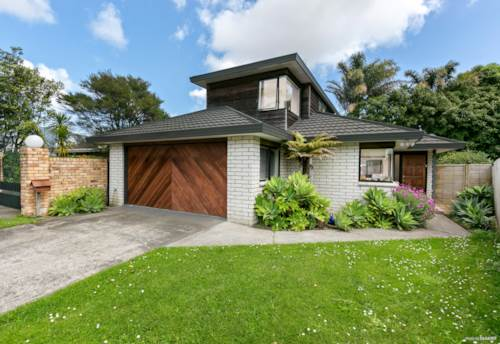 Pakuranga, Motivated Vendor , Make An Offer Today!, Property ID: 794803 | Barfoot & Thompson