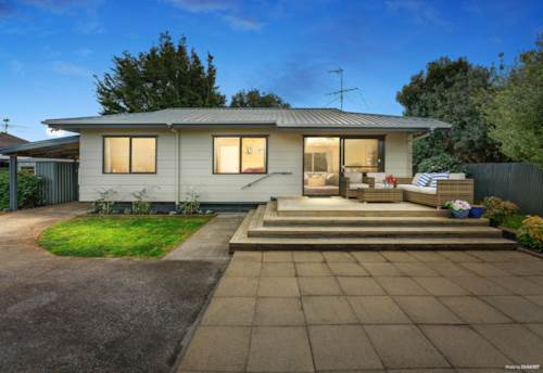 Papakura, THIS ONE'S READY FOR YOU!, Property ID: 794759 | Barfoot & Thompson
