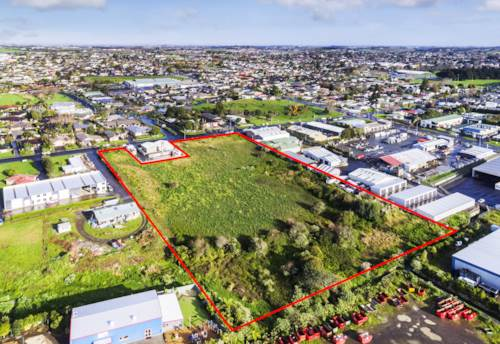 Pukekohe, FIRST TIME IN 150 YEARS - INDUSTRIAL LAND, Property ID: 84326 | Barfoot & Thompson