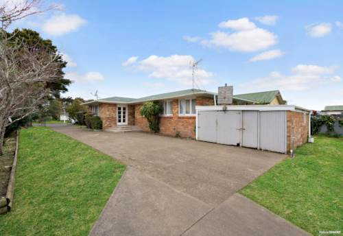 Papakura, You Snooze You Lose, Property ID: 794254 | Barfoot & Thompson