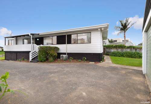 Clarks Beach, Your Fresh Start?, Property ID: 794629 | Barfoot & Thompson