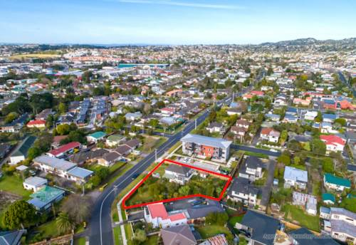 New Lynn, 1186m2 section zoned mixed housing Urban, Property ID: 794800 | Barfoot & Thompson