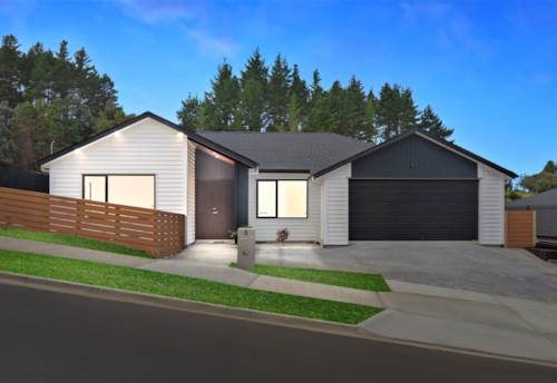 Orewa, Magic Single Level Comfort & Superior Living, Property ID: 794481 | Barfoot & Thompson